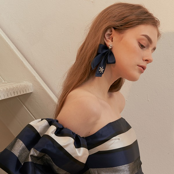 mzuu#[mzuu] Holiday Satin Ribbon Earrings_MX0XA0230